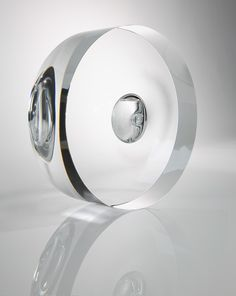 Japanese designer Tokujin Yoshioka has designed two perfume bottles for French jeweller Cartier.