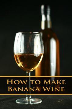 Banana Wine Recipe - Celebration Generation Healthy Juice Recipes, Juicer Recipes, Healthy Juices, Detox Juices, Detox Drinks, Salad Recipes, Fruity Alcohol Drinks, Fruity Wine, Alcoholic Drinks