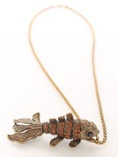Vintage Gold Intricate Rhinestone Pendant Necklace