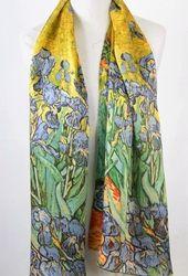 van Gogh shawl met schildering van Irissen