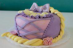 Rapunzel Cake | by Amélie Cupcakes!