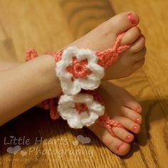 Barefoot sandals at Hugs & Stitches  I love those I have some black ones with beads & gems