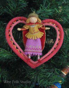 Queen of hearts by Salley Mavor