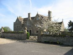 Old Hall, Middle Hambleton by David Purchase, via Geograph