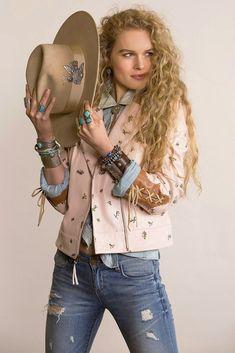 Double D Ranchwear Westward Ho Jacket Estilo Cowgirl, Cowgirl Style, Gypsy Cowgirl, Cowgirl Chic, Western Look, Western Wear, Indie Fashion, Pink Fashion, Fashion Blogs