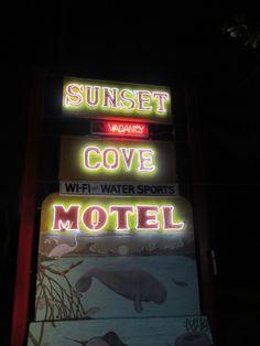 Sunset Cove Motel, Key Largo, Fla.