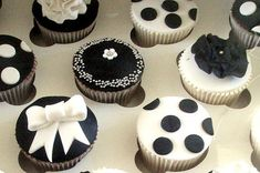 Beautiful black and white cupcakes