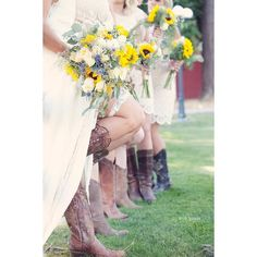 country wedding with bridesmaids in cowboy boots and sunflower bouquets, ritter farms cle elum wedding #cowboyboots #countrywedding
