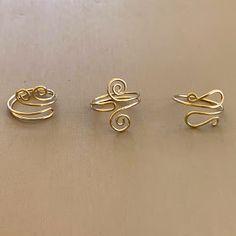 Diy Wire Jewelry Rings, Wire Jewelry Designs, Handmade Wire Jewelry, Cute Jewelry, Wire Wrapped Jewelry, Crystal Jewelry, Beaded Jewelry, Jewelry Bracelets, Wire Jewelry Earrings
