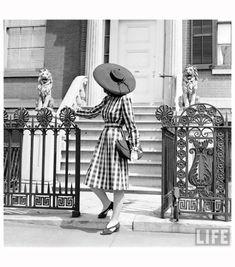© Nina Leen 414-Fashion Washington Sq.Fashion Washington Sq 1940'