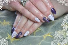 The oh so beautiful Muscari Glitter with Blackberry Iced Lace .....Perfect