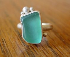 I love sea glass, and WANT this ring (too bad it was only on a blog post and not for sale)!!