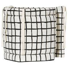 Noe & Zoe Berlin Bumper Black Grid black grid 325,- Baby Shop, Grid, Branding Design, Berlin, Inspiration, Black, Decoration, Biblical Inspiration, Decorating