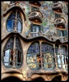 Barcelona Spain, want to see the amazing architecture