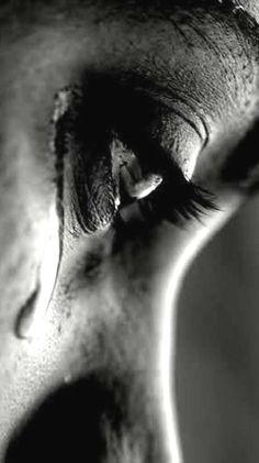Muy frecuentemente las lágrimas son la última sonrisa del amor.♥Lagrimas  #vientos del alma #