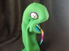 Get into the groove with this snazzy green lizard/chameleon puppet! Soft foam mouth plate make this puppet easy for all ages. Hand Puppets, Paisley, Hands, Etsy Shop, Green, Check, Handmade, Color, Hand Made