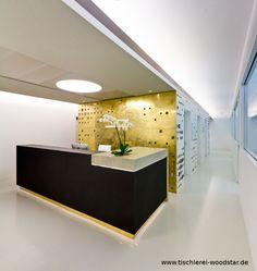 Einrichtung einer Zahnarztpraxis in München. https://www.facebook.com/media/set/?set=a.10151206733796815.505094.211687021814=1