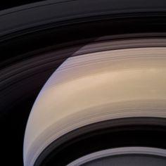 Saturn W00085328 - 32 cb3 red grn bl1 vio filters 2nd dicember - Credit: NASA/JPL/Space Science Institute - Processing: 2di7 & titanio44