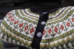 kofte: veme strikket i finull