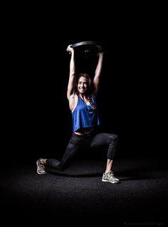 Paige, coach de crossfit à la box R2Bastille, est la preuve que l'on peut sculpter son corps et gagner en force musculaire sans ressembler à Hulk !