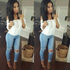 New fav little top #outfitpost Top @forever21 Jeans @fashionnova code xomonicas #fashionnova #novababe Shoes @justfabonline