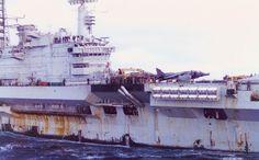 HMS Hermes, posterior al 14 de Junio 1982.