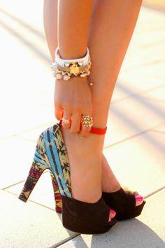 Fenomenales zapatos de noche para ocasiones especiales | Tendencias