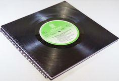 Gästebuch aus Schallplatte BEATLES   von VinylKunst Aurum - Schallplatten Upcycling der besonderen ART auf DaWanda.com