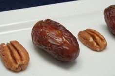 Petite Pecan Pies - These little treats really DO taste like pecan pie. See for yourself! www.ultimatedanielfast.com