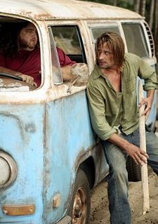 Hurley and Sawyer in Lost. Great tv, show, photo Lets Get Lost, Lost Love, Serie Lost, Lost Tv Show, Josh Holloway, In Another Life, Number Two, E 10, Best Shows Ever