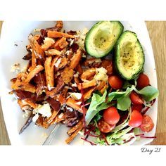 Sweet potato fries baked on baking paper with a tbsp ground pepper, 1 tbsp melted coconut oil & 1/2 tsp cayenne pepper/Caribbean seasoning, 2 slices bacon/quorn rashers, 1 baked avocado with 1 tbsp ground pepper & salad.