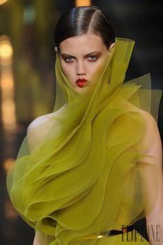Alexandre Vauthier - Haute couture - Printemps-été 2014 - http://www.flip-zone.fr/fashion/couture-1/independant-designers/alexandre-vauthier-4451 - ©PixelFormula