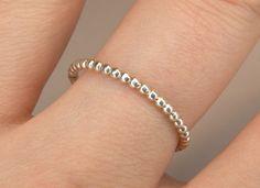 Ein süßer schlichter Silberring in der Größe eurer Wahl :)