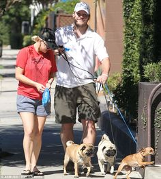All you need are pugs: Chris Pratt and Anna Faris with their precious pups!