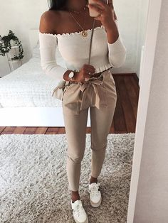 CLICK & BUY :) SHOP New sexy style casual white women pants autumn fall winter bottoms trousers white pants office work outfit denim jacket workwear outfit white sneakers work outfit floral top blouse fall outfit Source by lauramonicaapostol Fashion Mode, Look Fashion, Womens Fashion, Fashion Spring, Ladies Fashion, Fashion Trends, Fashion Ideas, Europe Fashion, Denim Fashion