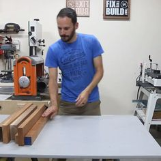 woodworking tools, woodworking bench, woodworking projects, woodworking tips, - Holzbearbeitung Unique Woodworking, Router Woodworking, Easy Woodworking Projects, Woodworking Techniques, Woodworking Videos, Woodworking Tools, Wood Projects, Popular Woodworking, Grizzly Woodworking