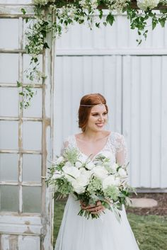 Vintage Green and Gold Wedding Inspo | Blooms by the Box is featured on The Perfect Palette!