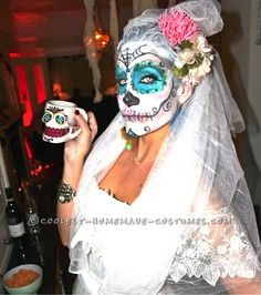 Day of the Dead/Dia de los Muertos Make-up & Hair Tutorial - the perfect Halloween costume for women/girls! Description from pinterest.com. I searched for this on bing.com/images