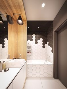 Le carrelage hexagonal de salle de bain, c'est tendance ! bathroom wall covering with hexagon tiles in black and white Bad Inspiration, Bathroom Inspiration, Modern Bathroom Design, Bathroom Interior Design, Design Kitchen, Bathroom Designs, Modern Design, Kitchen Modern, Interior Paint