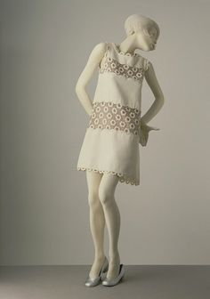 1967, Andre Courrèges mini dress. I may want something simple like this.