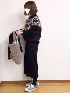 ノルディック柄のニット、色合いがお気に入りです♡ 黒だと大人っぽく着れる気がします^ ^ 見て下さり