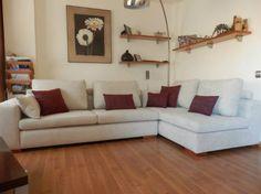 Sácale el máximo partido a tu salón con una rinconera. Disponible en nuestra tienda de sofás de Logroño. http://modelsofasytapizados.com/ #rinconera #sofas #logroño #tienda
