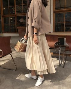 live between skirts and dress can find Korean street fashion and more on our website. Fashion 2020, 90s Fashion, Korean Fashion, Autumn Fashion, Fashion Outfits, Womens Fashion, Fashion Trends, Street Fashion, Petite Fashion