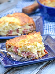 Grandma's Ham & Swiss Pie - 4 Sons 'R' Us A simple, savory pie this one forgoes the traditional crust- instead using Bisquick to hold everything together with a delicious ham & Swiss filling. Bisquick Recipes, Quiche Recipes, Brunch Recipes, Casserole Recipes, Meat Recipes, Cooking Recipes, Swiss Recipes, Quiches, Bon Appetit