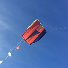 My new hobby is kite flying, and hopefully kite making! I started with a small kite today which preformed well in the autumn breeze 🌬 I plan to make my own kite with things found around the home, by the end of the week! Kite Making, Fun Hobbies, Kites, Family Activities, Breeze, Something To Do, Diy Projects, David, Autumn