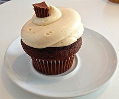 Peanut Butter Cup Cupcake at American Cupcake (San Francisco, CA). #UniqueEats #cupcake