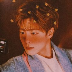 Astro Wallpaper, Sanha, Kpop Aesthetic, Pretty And Cute, Kpop Boy, Kpop Groups, Aesthetic Wallpapers, Cute Guys, Cool Pictures