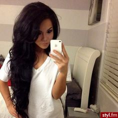 ♥ Long dark hair