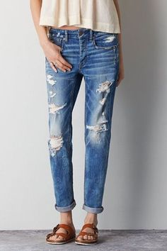 Shop at American Eagle for Tomgirl Jeans that look as good as they feel. Browse this low rise, relaxed style in different washes and stretch levels to find your new favorite jeans from American Eagle. Ripped Boyfriend Jeans, Ripped Jeans, Skinny Jeans, Stylish Jeans, Comfortable Jeans, American Eagle Shirts, American Eagle Boyfriend Jeans, Destroyed Jeans, Mens Outfitters