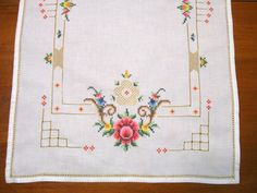 Roses Cross Stitch Table Runner Vintage  Linen Soft Creamy